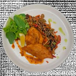 Філе хека в червоному соусі з овочами по-східному