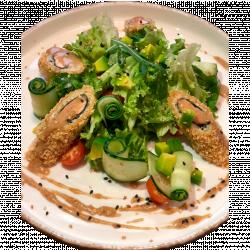 Салат з лососем панко